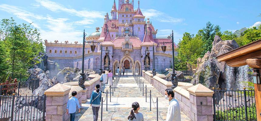 """美女与野兽""""城堡奇缘""""的图像1"""