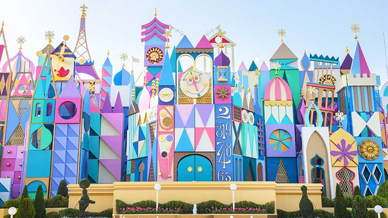 "gambar ""it's a small world"""