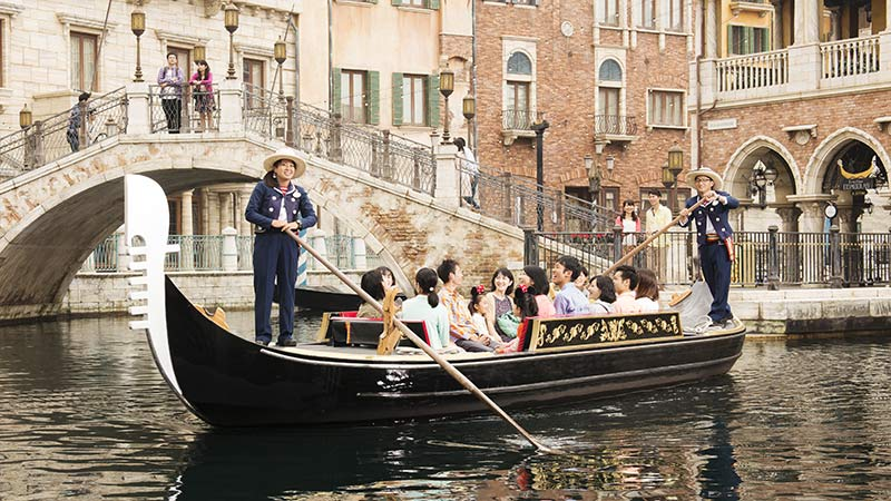 威尼斯贡多拉游船的图像