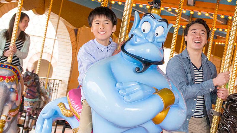 ภาพ ม้าหมุนคาราวานคารูเซล