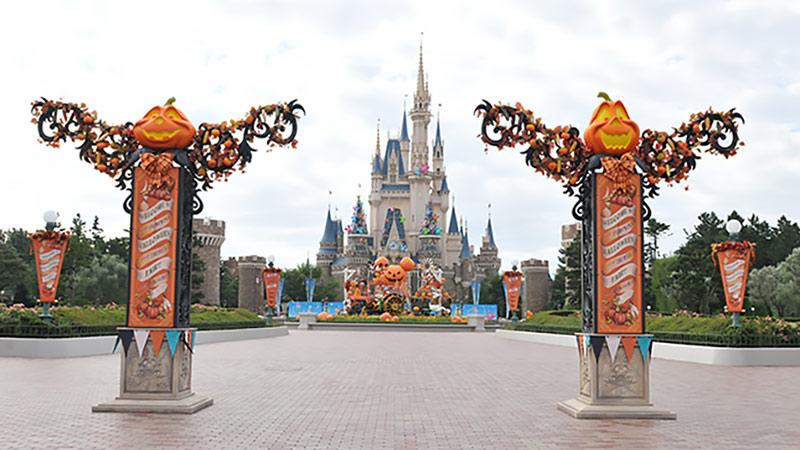 あなたはどっちに行きたい!?2つのパークで開催中の「ディズニー・ハロウィーン」を徹底的に比較しちゃいます♪のイメージ