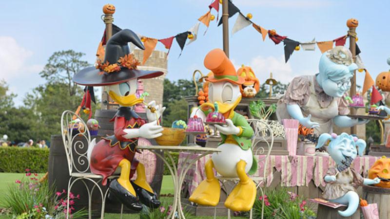 東京ディズニーランドを彩る「ディズニー・ハロウィーン」のデコレーション♪のイメージ