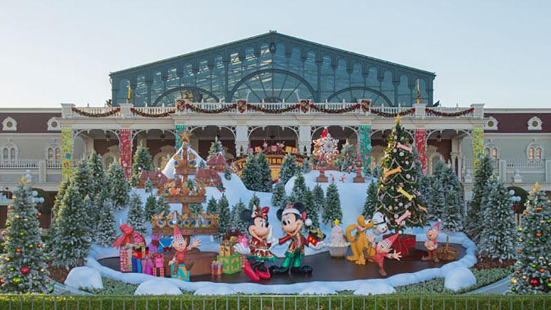 「ディズニー・クリスマス」がいよいよ今日からスタート♪のイメージ