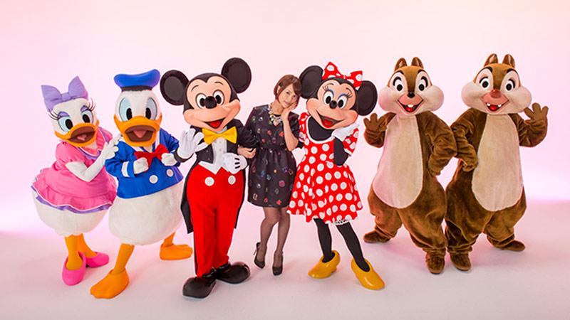 カワイイー♪アーティスト清川あさみさんが大好きなキャラクターたちの写真に夢いっぱいのアートの魔法をかけていただきました!「イマジニング・ザ・マジック」のイメージ