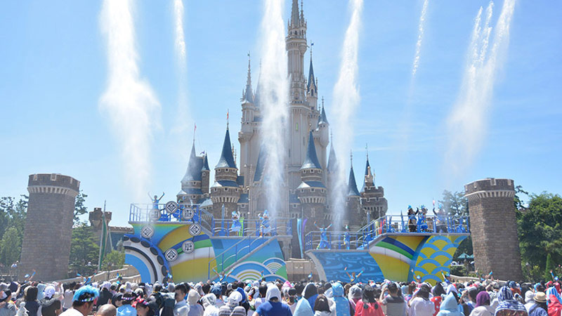 まだ間に合う!東京ディズニーリゾートで夏休みをラクラク満喫する方法とは・・・!?のイメージ