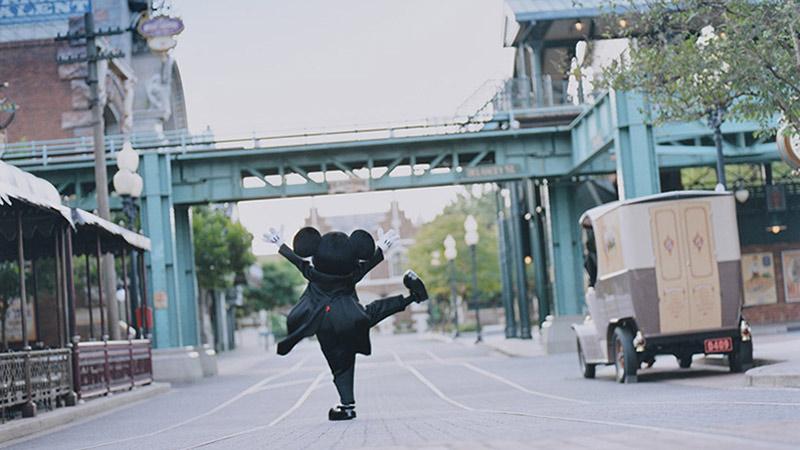"""こんなミッキー見たことない!市橋織江さんが切り撮った""""魔法の瞬間""""「イマジニング・ザ・マジック」のイメージ"""