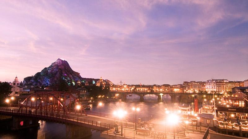 この夏は、平日夕方5時から思いっきり遊ぼう!「夏5(ナツゴ)ウィークデーパスポート」のイメージ