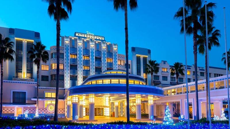 美しい光がきらめくディズニーアンバサダーホテルのクリスマス☆のイメージ