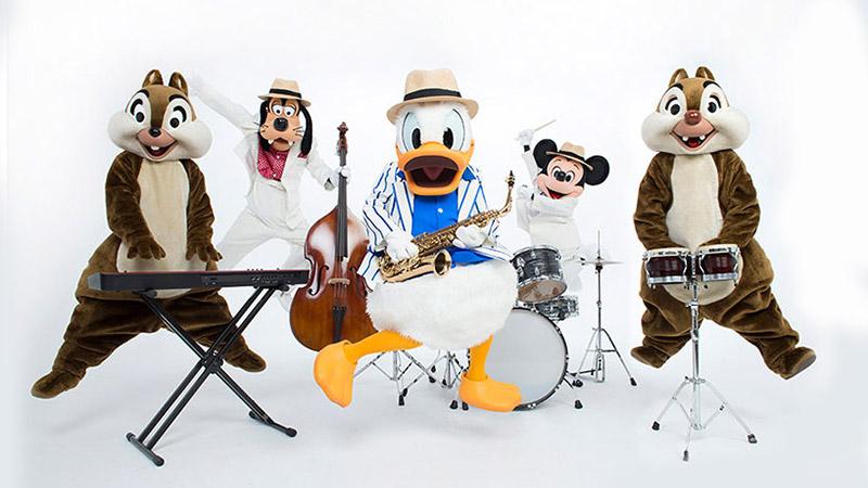 「イマジニング・ザ・マジック」:写真から音楽が聞こえてきそう・・・!フォトグラファー平間至さんがミッキーと仲間たちをクールに切り撮りましたのイメージ