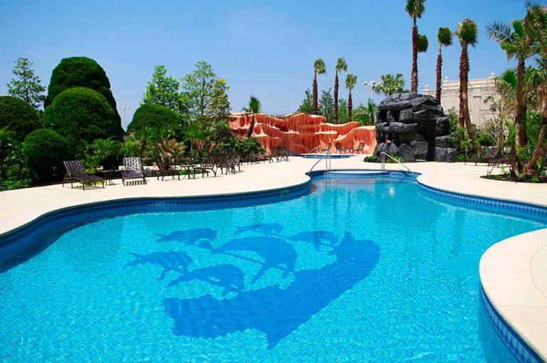 ミスティマウンテンズ・プールの画像