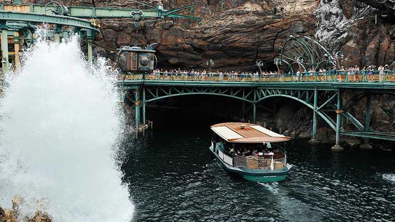 昼?夜?どのコース?「ディズニーシー・トランジットスチーマーライン」の船旅を楽しもう♪のイメージ