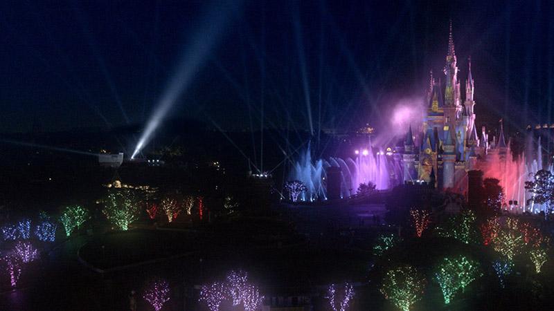 新エンターテイメント ナイトタイムスペクタキュラー「Celebrate! Tokyo Disneyland」スタート目前迫力ある特殊効果の映像とテーマソングを本日初公開!のイメージ