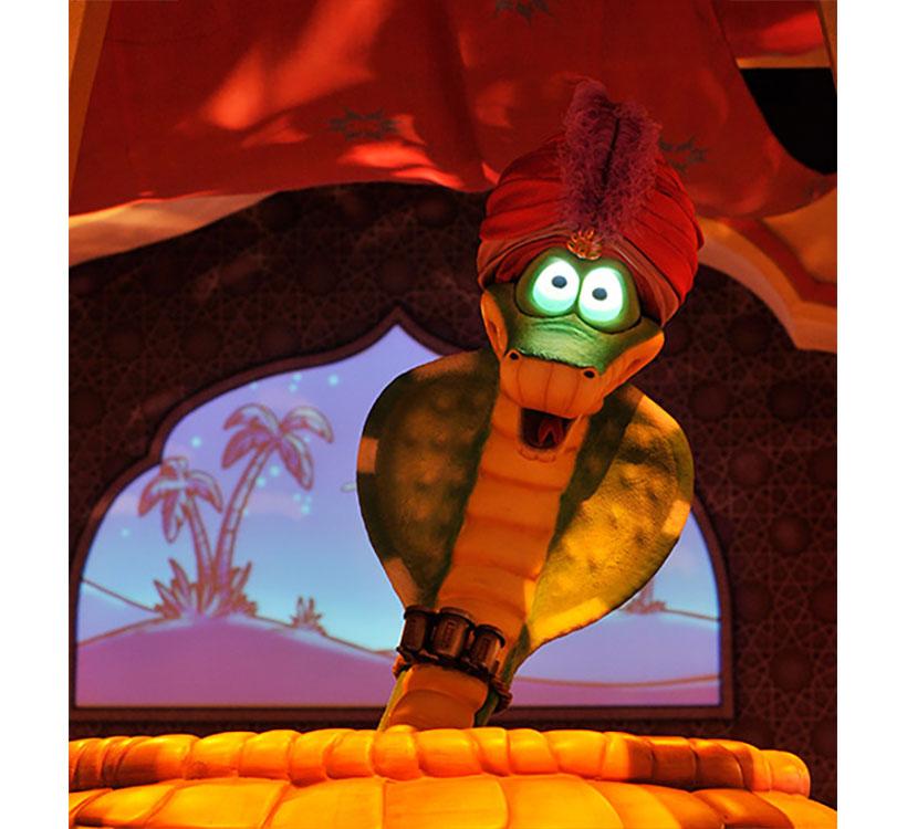 「マジックランプシアター」のコブラのベキートの画像