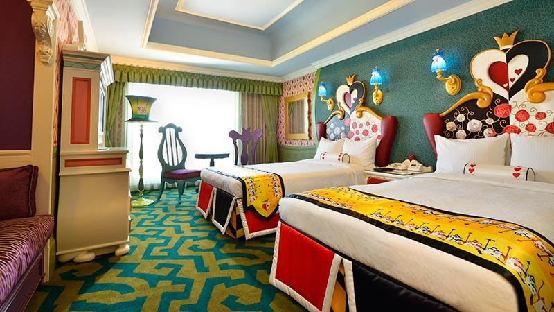 あなたは見つけられる?東京ディズニーランドホテル「ディズニーふしぎの国のアリスルーム」にちりばめられたキャラクターモチーフ♪のイメージ