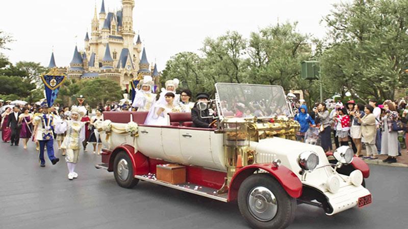 シンデレラ城で初めての結婚式「ディズニー・ロイヤルドリーム・ウェディング」のイメージ