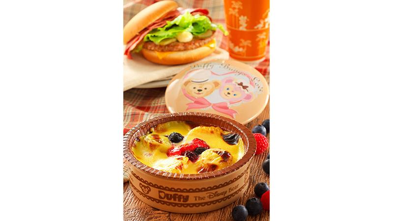 ダッフィーとシェリーメイのおいしいデザートを、さあどうぞ!のイメージ