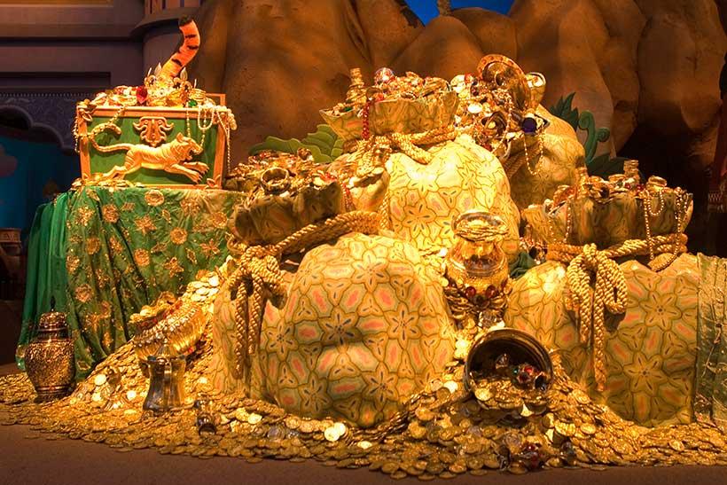「シンドバッド・ストーリーブック・ヴォヤッジ」の金貨の山の画像