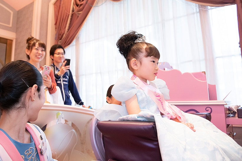 プリンセスに変身した夏乃羽ちゃんの画像