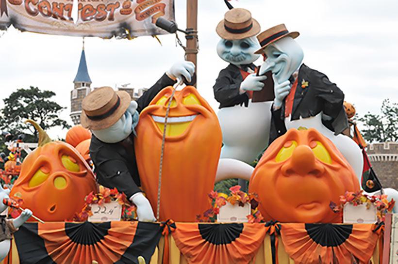 東京ディズニーランド「ディズニー・ハロウィーン」のデコレーション2