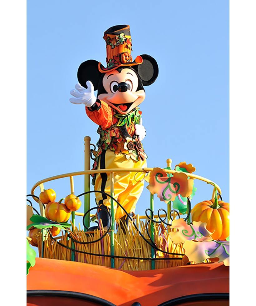 ハロウィーンのコスチュームのミッキーマウスの画像