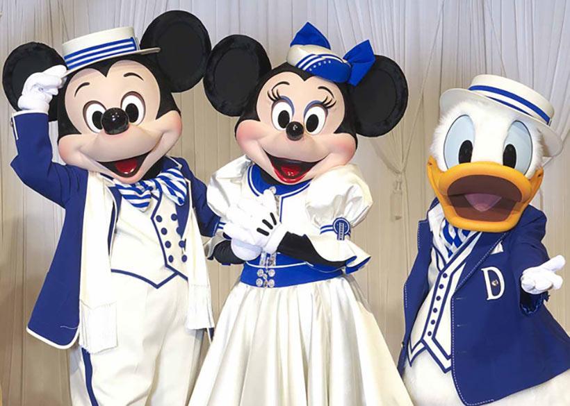 ミッキーとミニーとドナルドの画像
