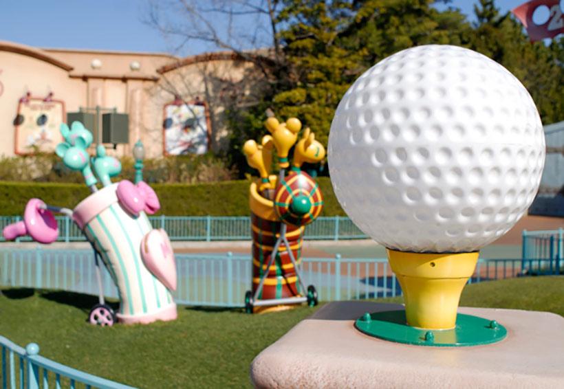トゥーンタウンのゴルフ場「トゥーンタウン・ティーズ」の画像