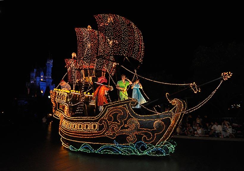 「ピーターパンの海賊船」フロートの画像