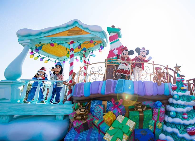 ディズニークリスマスストーリーズのミッキーたち画像
