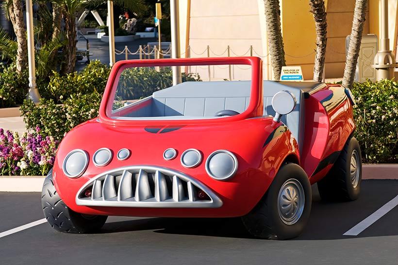 赤い車の画像