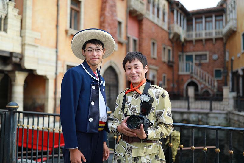 ゴンドリエ川本さんと、フォトグラファー小菅さんの画像