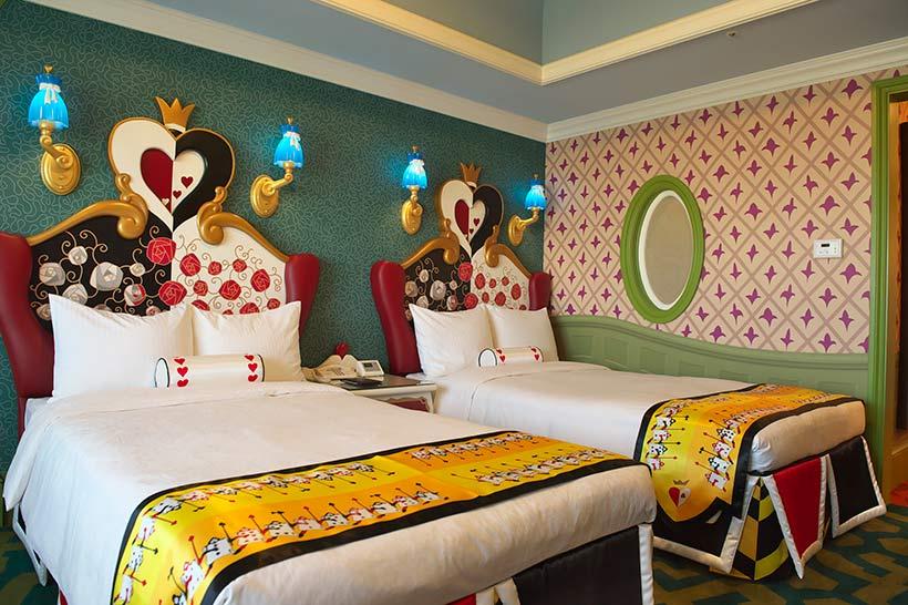 アリスルームのベッドの画像
