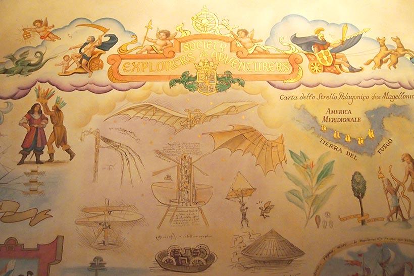 壁画の天使たちの画像