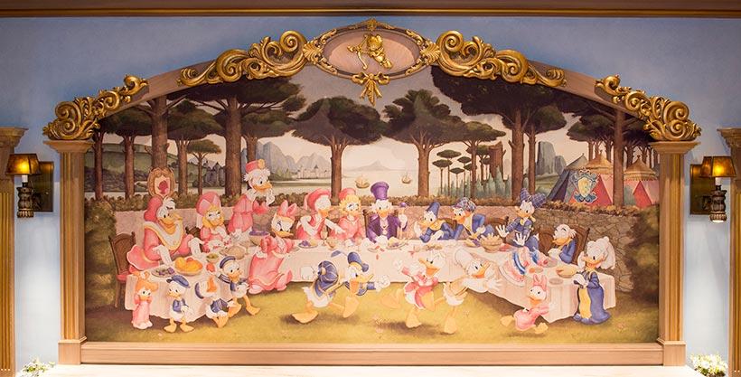 大きな絵画の画像