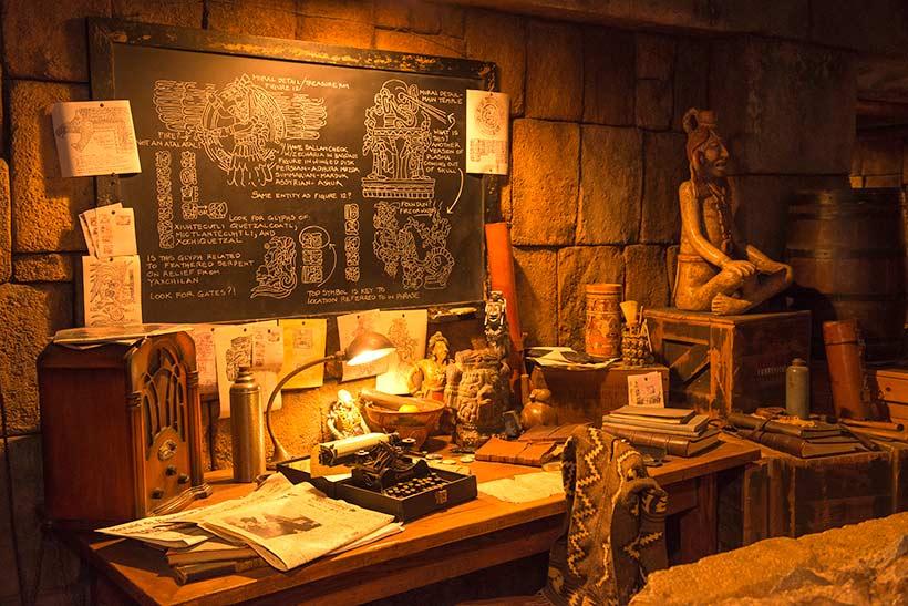 考古学者の本部の画像