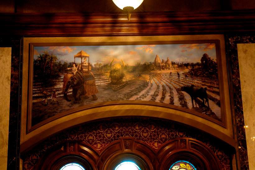 象に乗るハイタワーⅢ世が描かれた壁画の画像