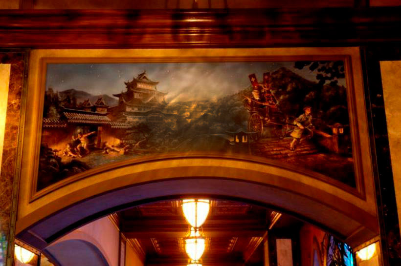人力車に乗ったハイタワーⅢ世が描かれた壁画の画像
