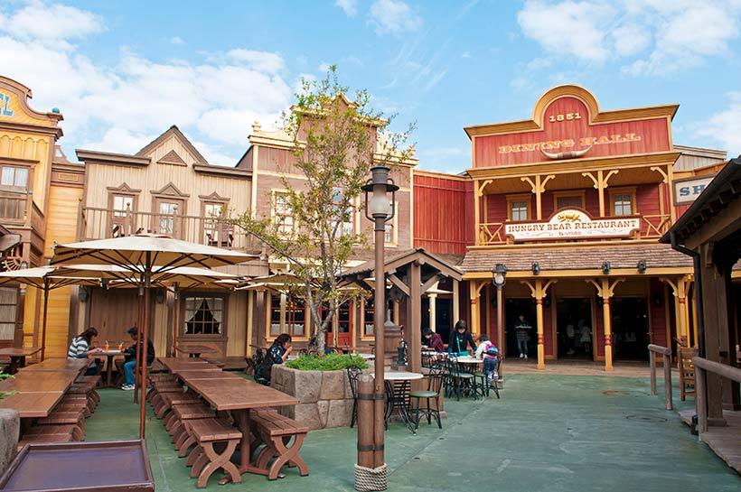 「ハングリーベア・レストラン」外観の画像