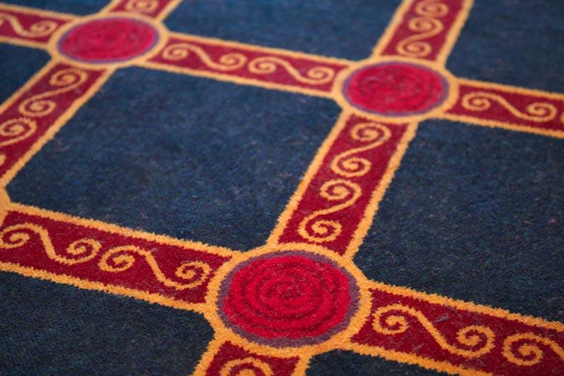 バラのモチーフの床