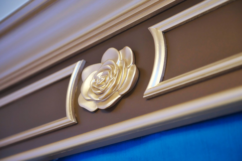 バラのモチーフの装飾の画像