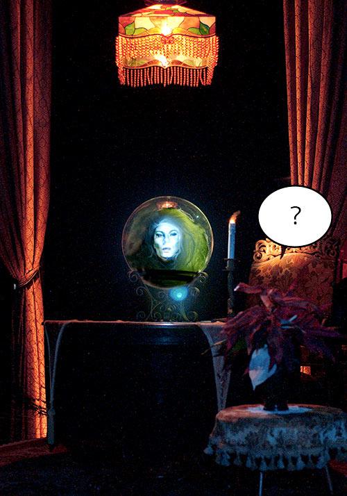 水晶玉に映るキャラクターの画像