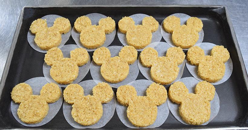ミッキー形にしたご飯の画像