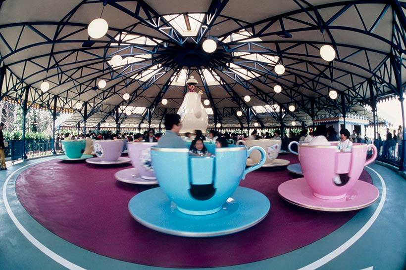 1986年の「アリスのティーパーティー」の画像