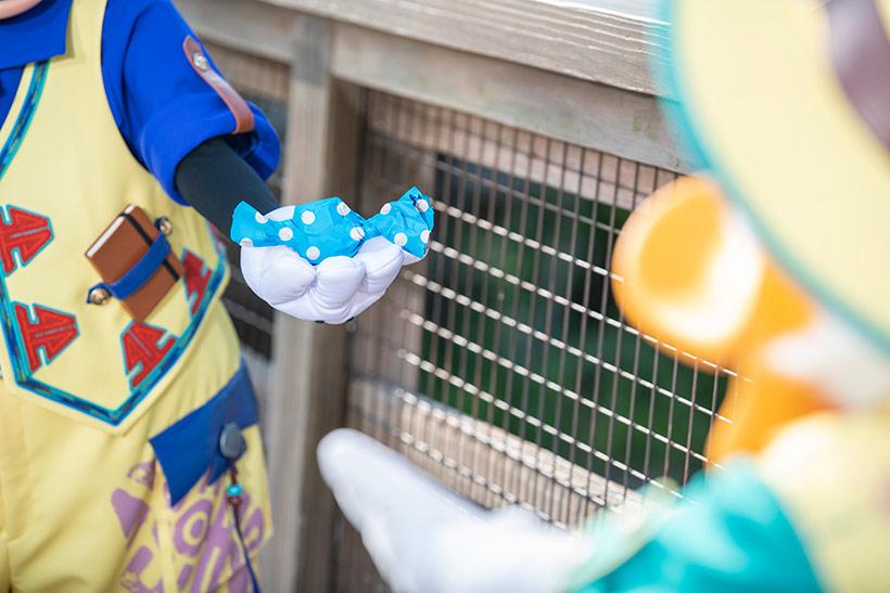 ミッキーがキャンディーをくれた画像