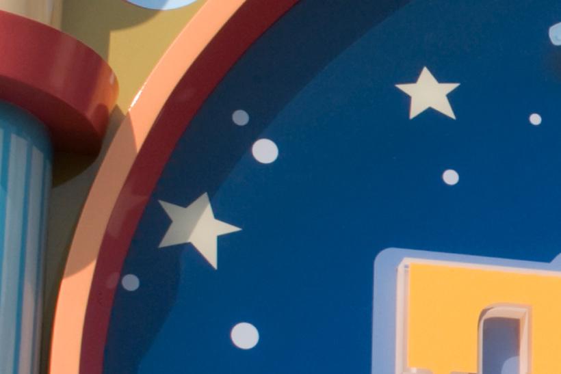 青の背景にある星