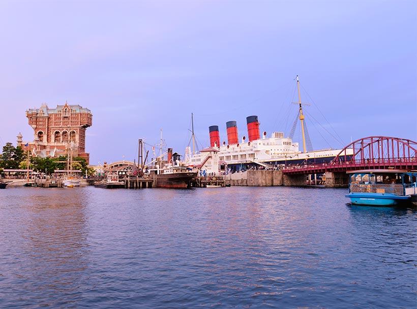 タワー・オブ・テラーとS.S.コロンビア号の景観画像