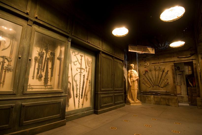 鎧コレクションの部屋の画像