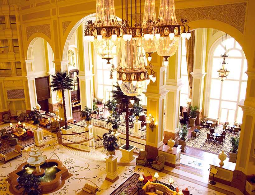 東京ディズニーランドホテルの内観の画像