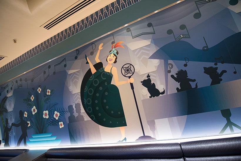 店内の壁の画像