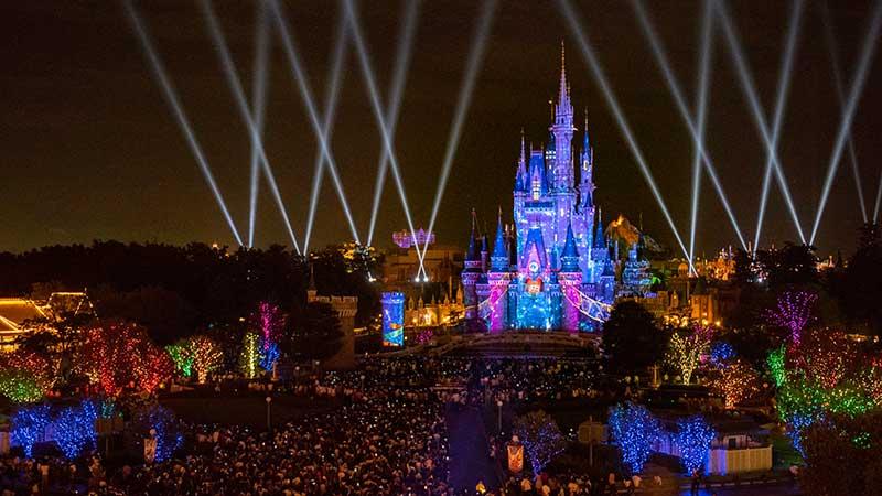 「Celebrate! Tokyo Disneyland」を楽しむ 2DAYSのイメージ