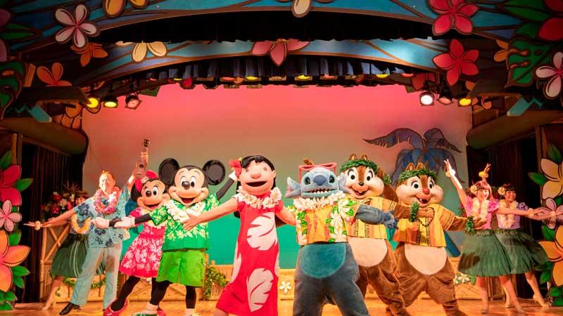 東京ディズニーランドで人気のショーレストランでショーと食事を楽しむ 2DAYSのイメージ